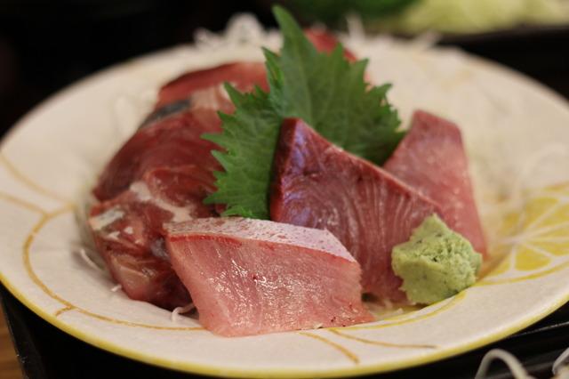 魚市場食堂 ブリ編