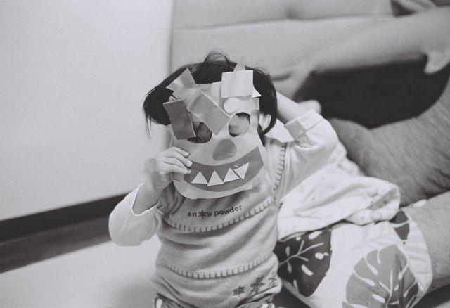 MINOLTA(ミノルタ)のカメラ ライツミノルタ CLで撮影した人物(鬼だぞ〜!)の写真(画像)