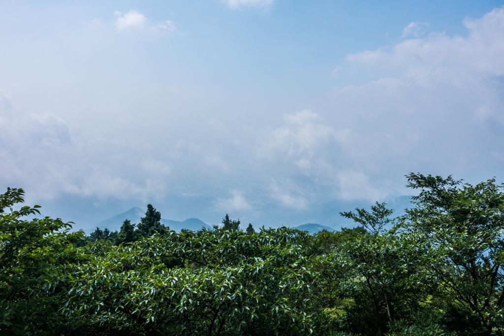 佐賀平野は雲の下
