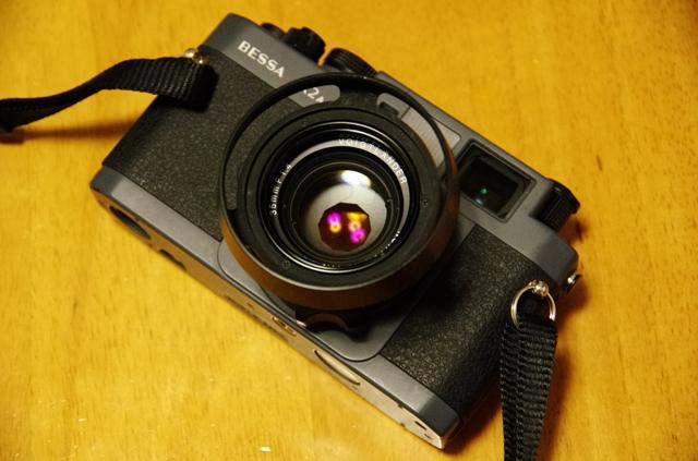 PENTAX(ペンタックス)のカメラ PENTAX K-5で撮影したインテリア・オブジェクト(BESSA R2A + NOKTON Classic 35mm F1.4)の写真(画像)