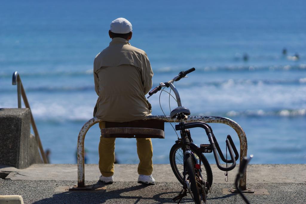 七里ヶ浜のおじさん