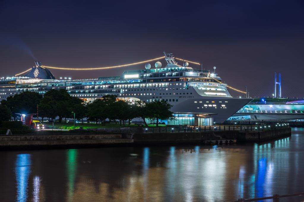 MSCリリカ横浜初入港