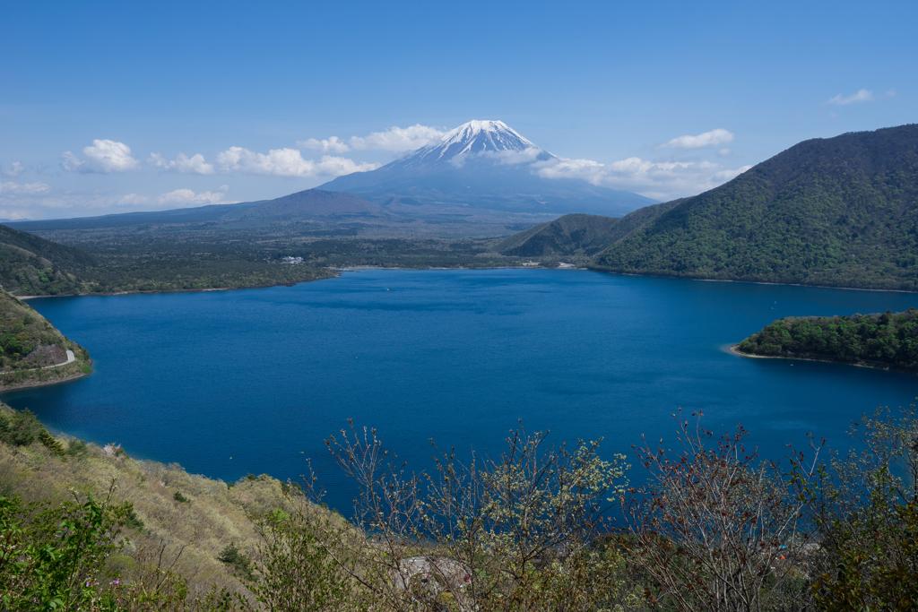 本栖湖展望台からの富士山