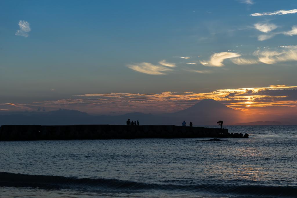 森戸海岸の夕暮れ