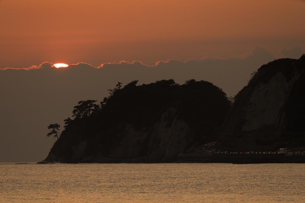 材木座海岸の落陽