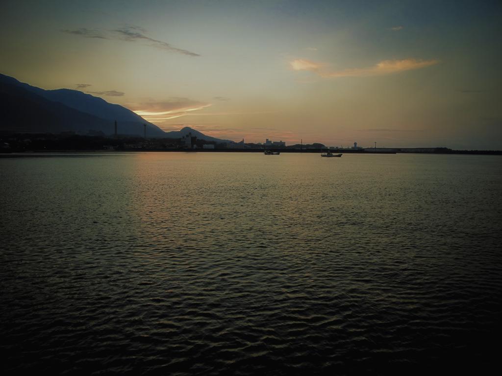屋久島・港の夕暮れ