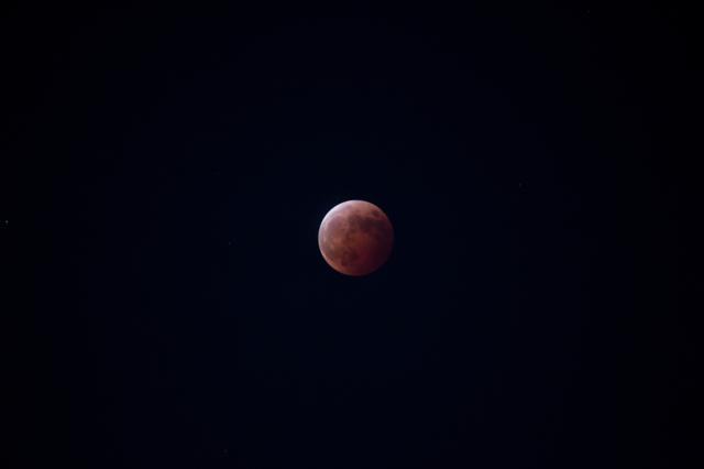 皆既月食(2014年10月8日)